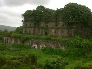 The Janjira fort in ruins