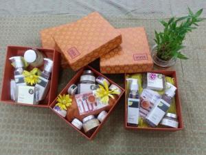 iraya gift box