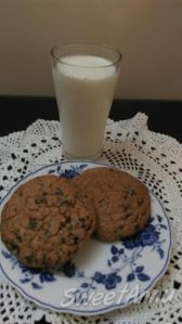 Bluckbuster Choco Chip Cookies
